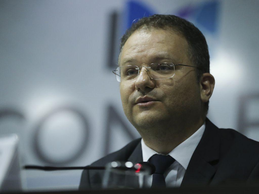 O secretário de Alfabetização, Carlos Nadalim, participam da  abertura da 1ª Conferência Nacional de Alfabetização Baseada em Evidências (Conabe)
