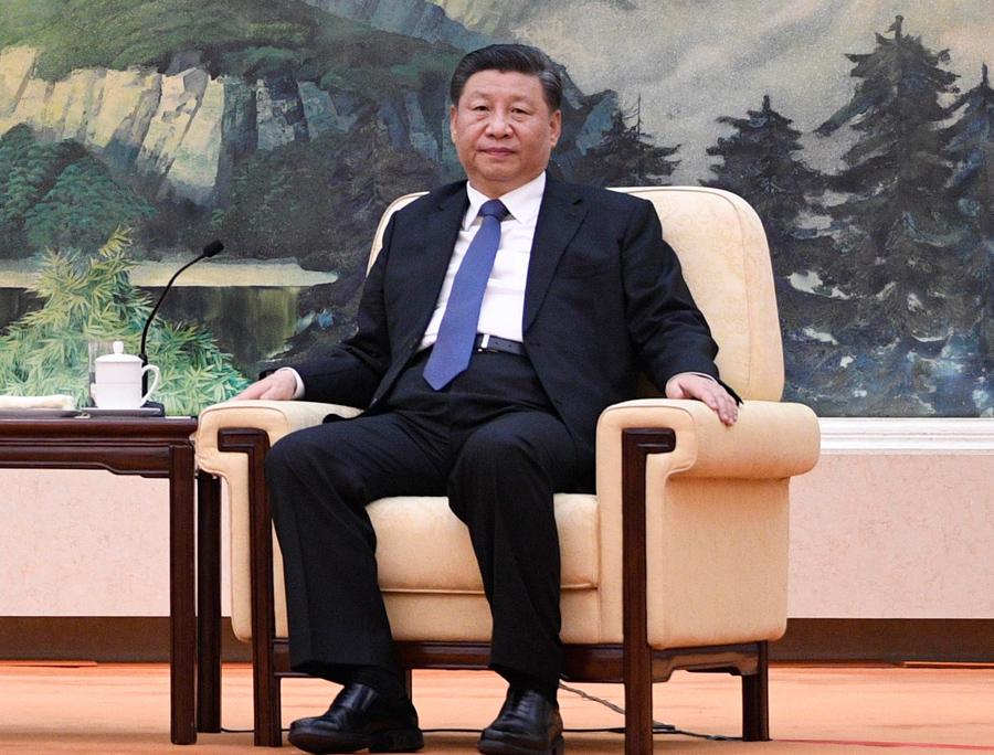 A China está travando duas guerras de informações: uma no exterior e outra interna para a sua população, ambas lideradas pelas autoridades chinesas encabeçadas pelo presidente Xi Jinping. Ao que tudo indica, eles veem o Ocidente como fraco e submisso. E somos mesmo. (Foto: Naohiko Hatta - Pool/Getty Images)