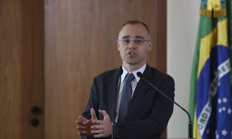 O advogado-geral da União, André Mendonça, participa do lançamento da Estratégia Nacional Integrada para a Desjudicialização da Previdência Social, no Supremo Tribunal Federal (STF)