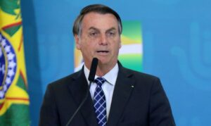 Ação contra fake News é para censurar as mídias sociais, diz Bolsonaro