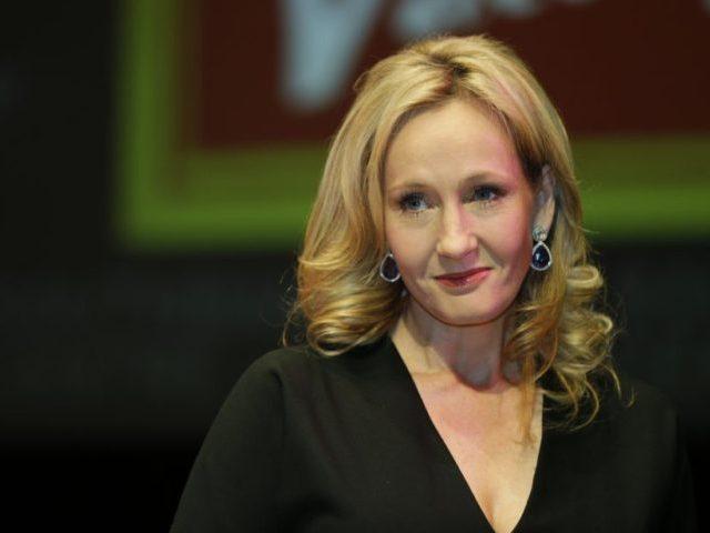 JK Rowling, autora dos livros de Harry Potter (Photo/Lefteris Pitarakis, File)
