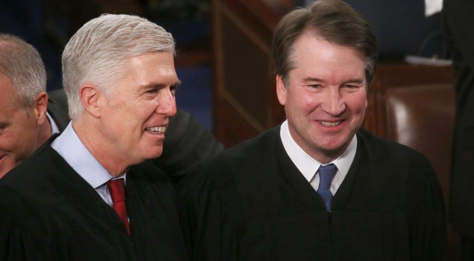Juízes da Corte Suprema americana, Neil Gorsuch (esq.) e Brett Kavanaugh (dir.)(Mario Tama / Staff / Getty Image)