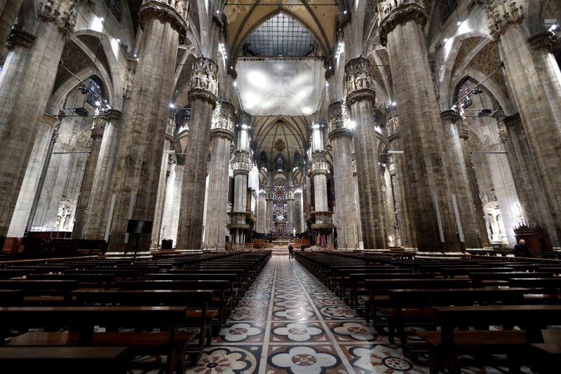 Interior da Catedral de Milão, no norte da Itália 20/02/2020 REUTERS/Yara Nardi