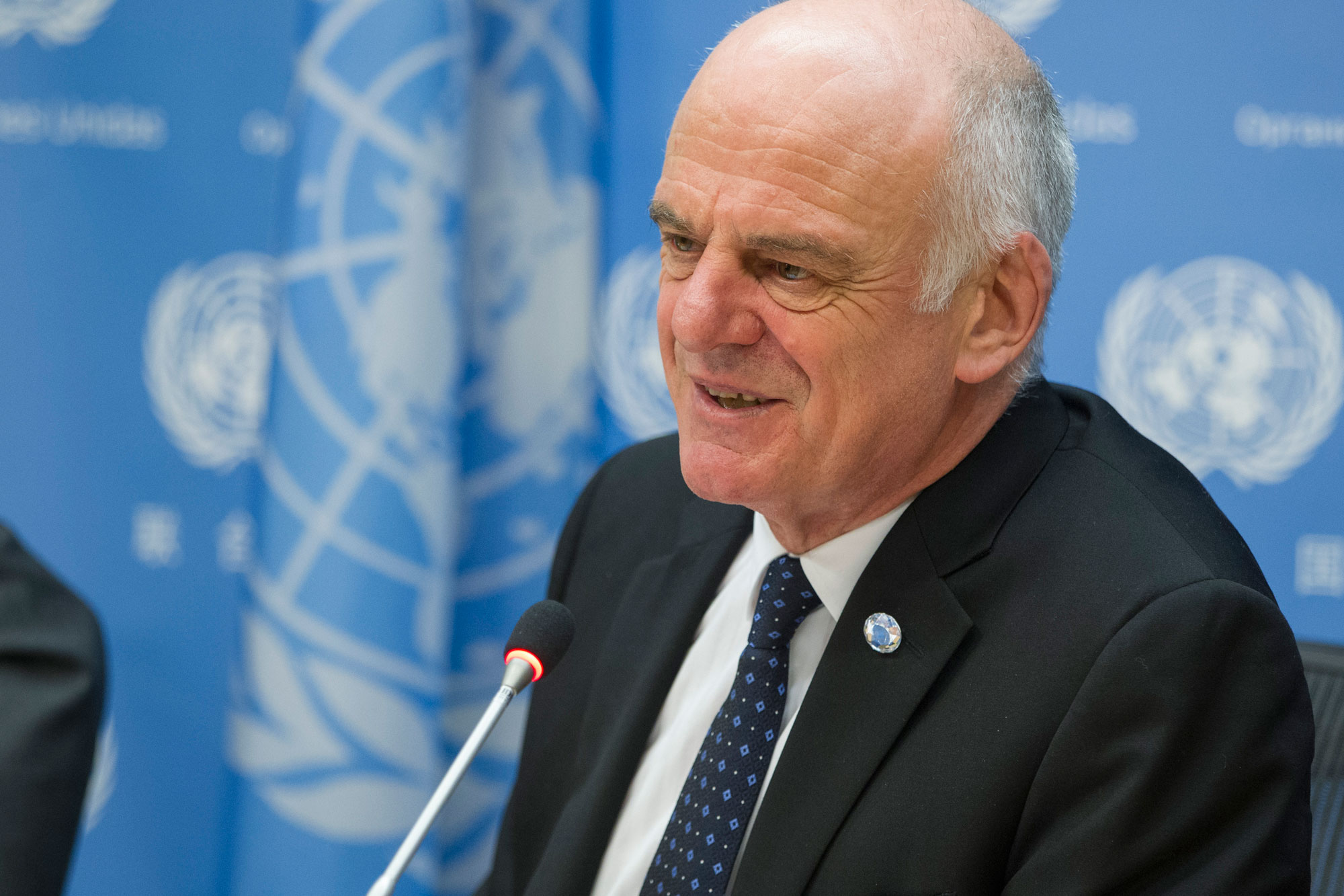 Noon Briefing by the Spokesperson for the Secretary-General Guest: Dr. David Nabarro, Special Envoy on Ebola