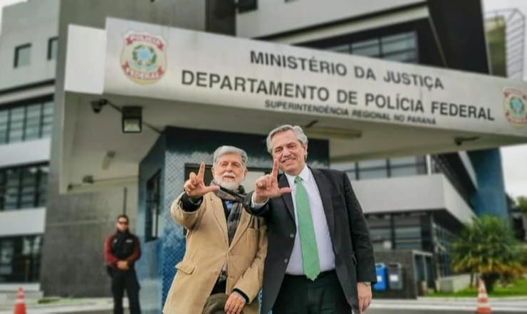 Foto: Ricardo Stuckert Candidato na chapa da ex-presidente Cristina Kirchner, Fernández afirmou que 'Lula é vítima de uma prisão arbitrária'